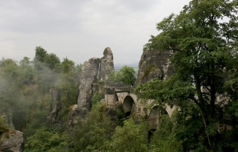 Мост Бастей