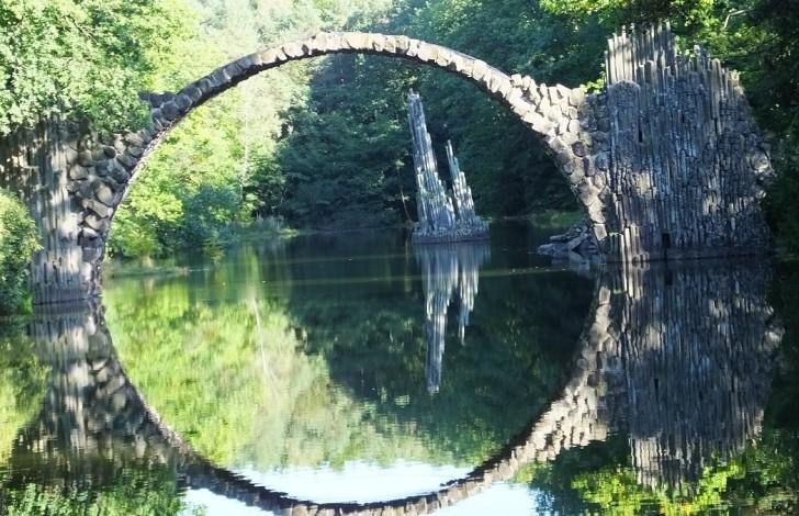 Таинственный мост в центре Европы.