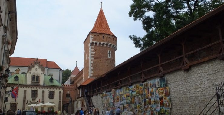 Башня Столяров в городской старого Кракова. Организованный тур в Польшу с Левитонис.